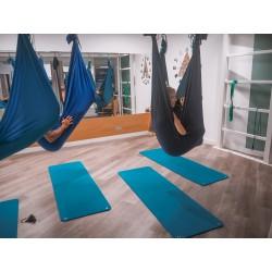 Formule: cours Yoga aérien 1h tous niveaux + 1 massage relaxant 30 min, A Casa Fit Nice Centre