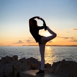 Cours Vinyasa Yoga (collectif), mercredi 18h30, en ligne