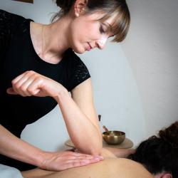 Massage du dos, de la nuque et du cuir chevelu 60 ou 90 minutes - À domicile - St Laurent du Var + 15 km