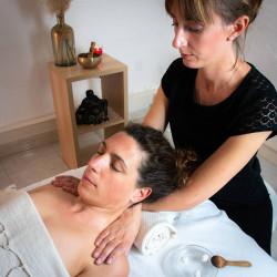 Massage du visage anti-âge 60 ou 90 minutes - À domicile - St Laurent du Var + 15 km