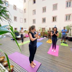 Yoga & pause healthy, cours collectif, tous niveaux, samedis 10h, Hôtel Beau Rivage, 1h30 /2h