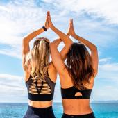 ✨JEU CONCOURS✨ Méditer face à la mer vous en rêvez 🤩🌊?   Que vous souhaitiez découvrir ou revivre des moments de détente & de reconnexion, ce post va vous plaire 😉🌱.  A l'occasion du lancement des cours de méditation 🧘🏼♀️ sur la plage du RUHL @ruhlplage tous les mardis matin de l'été à 8h, sur ce spot incroyable, avec Fany @meditationnice , nous avons décidé de vous chouchouter 🌺.  Jouez pour gagner 1 place pour le tout 1er cours de méditation de la saison été 21 au Ruhl, le cours du mardi 8 juin à 8h (beaucoup de 8 par ici, peut être une signification😉).  C'est simple ✌️: - ✌️Abonne toi au 2 comptes @meditationnice & @cozette_la_conciergerie  - 🙌 Commente ce post & tag un/e ami/e  - ⭐️ Un bonus par repost(si ton profil privé, envoies moi une photo écran😉)  Tirage au sort dimanche soir 🍀🥰  #instaconcours #jeuconcours #jeuconcoursbienetre #eventmeditation #event #ruhl # méditation #momentpoursoi #lacherprise #bonheur #méditerfacealamer